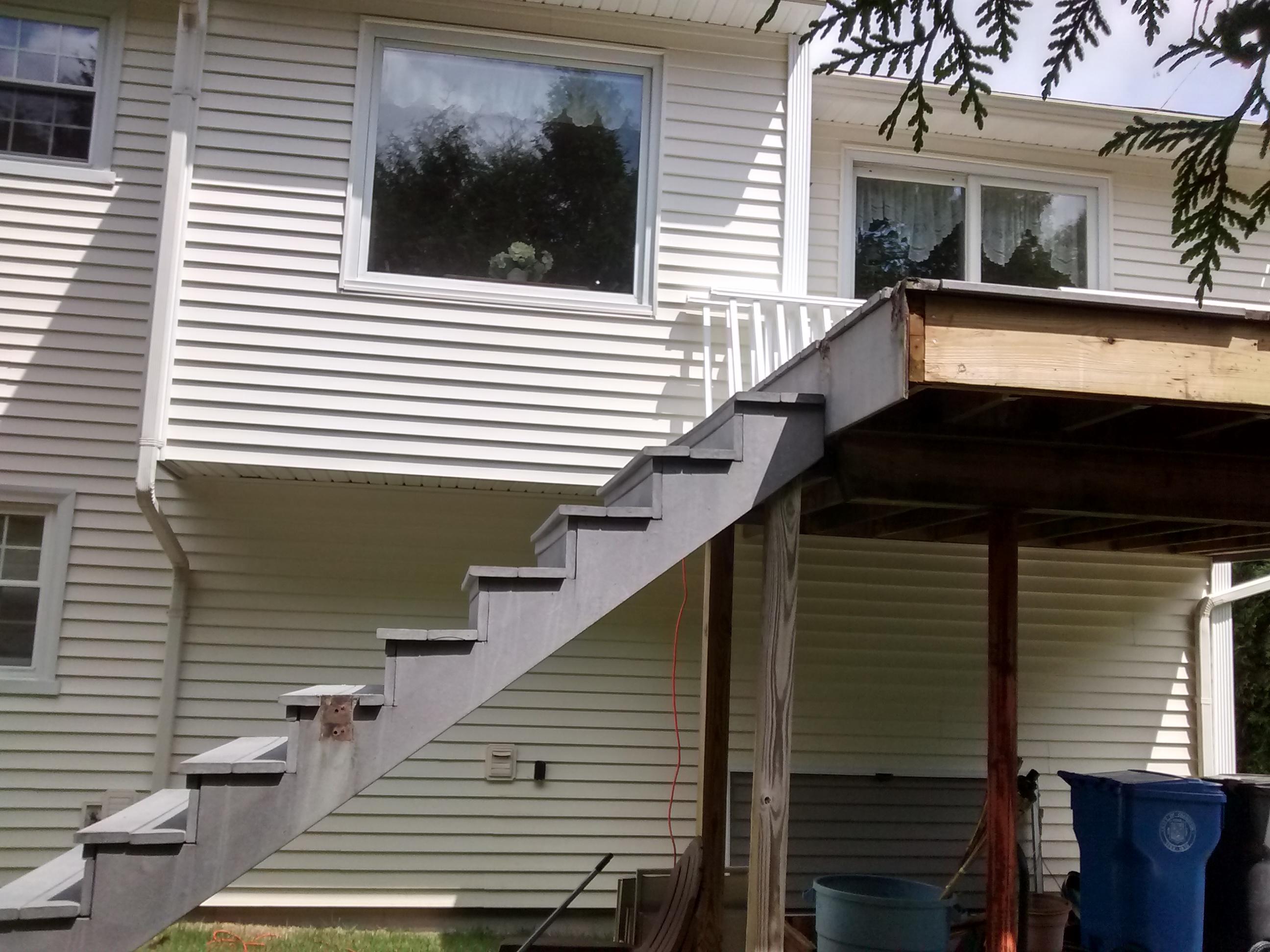 Deck (12)