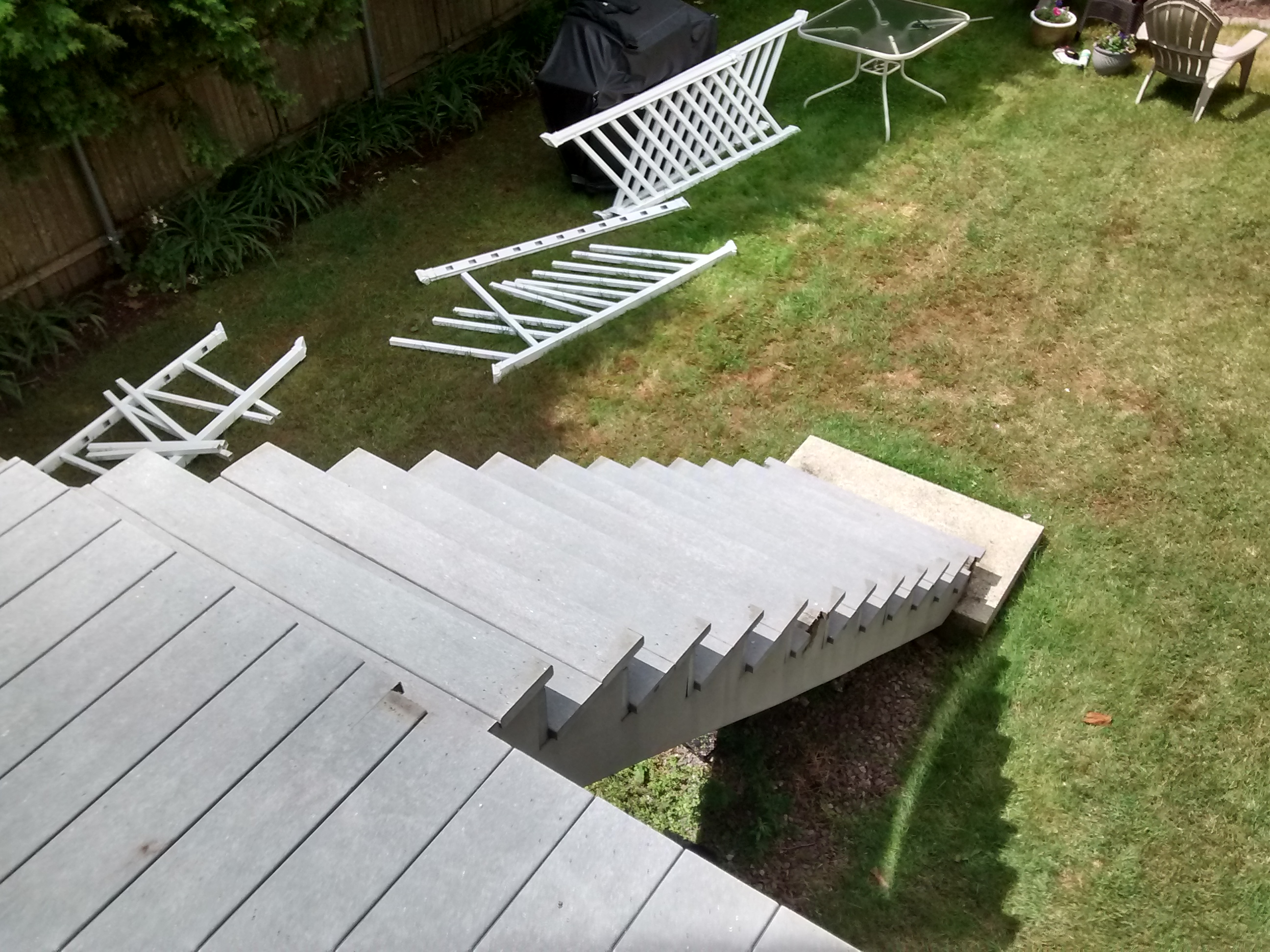 Deck (2)