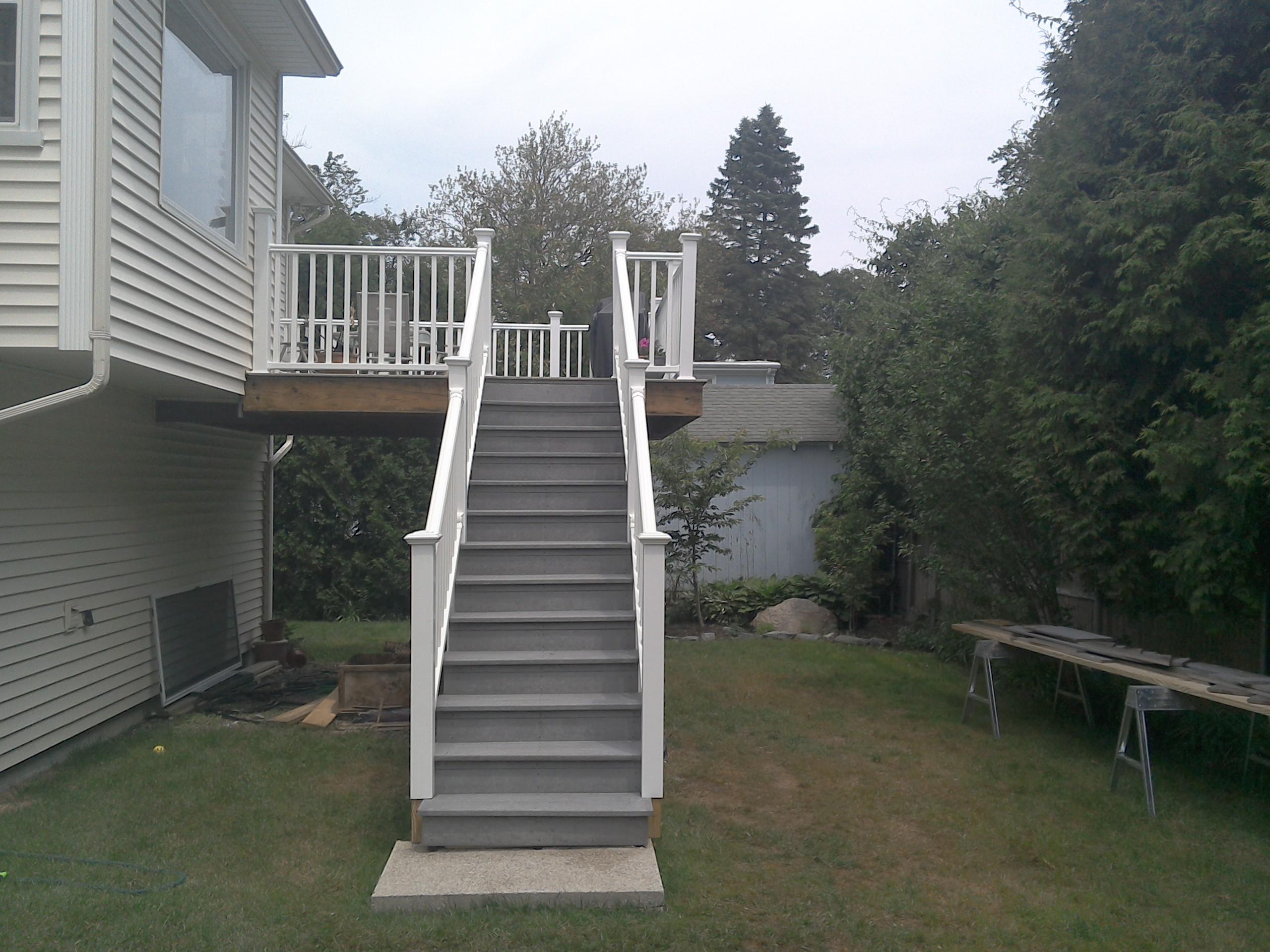Deck (33)